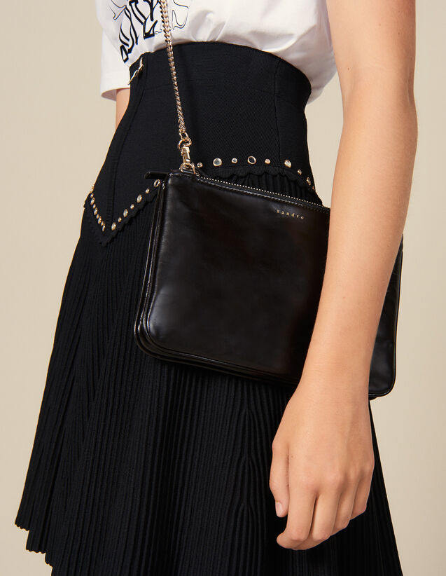 Addict Clutch : New In color Black