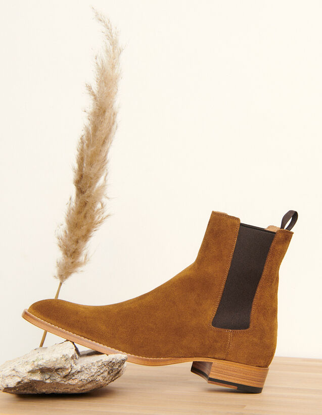 Suede Chelsea boots : All Winter collection color Caramel